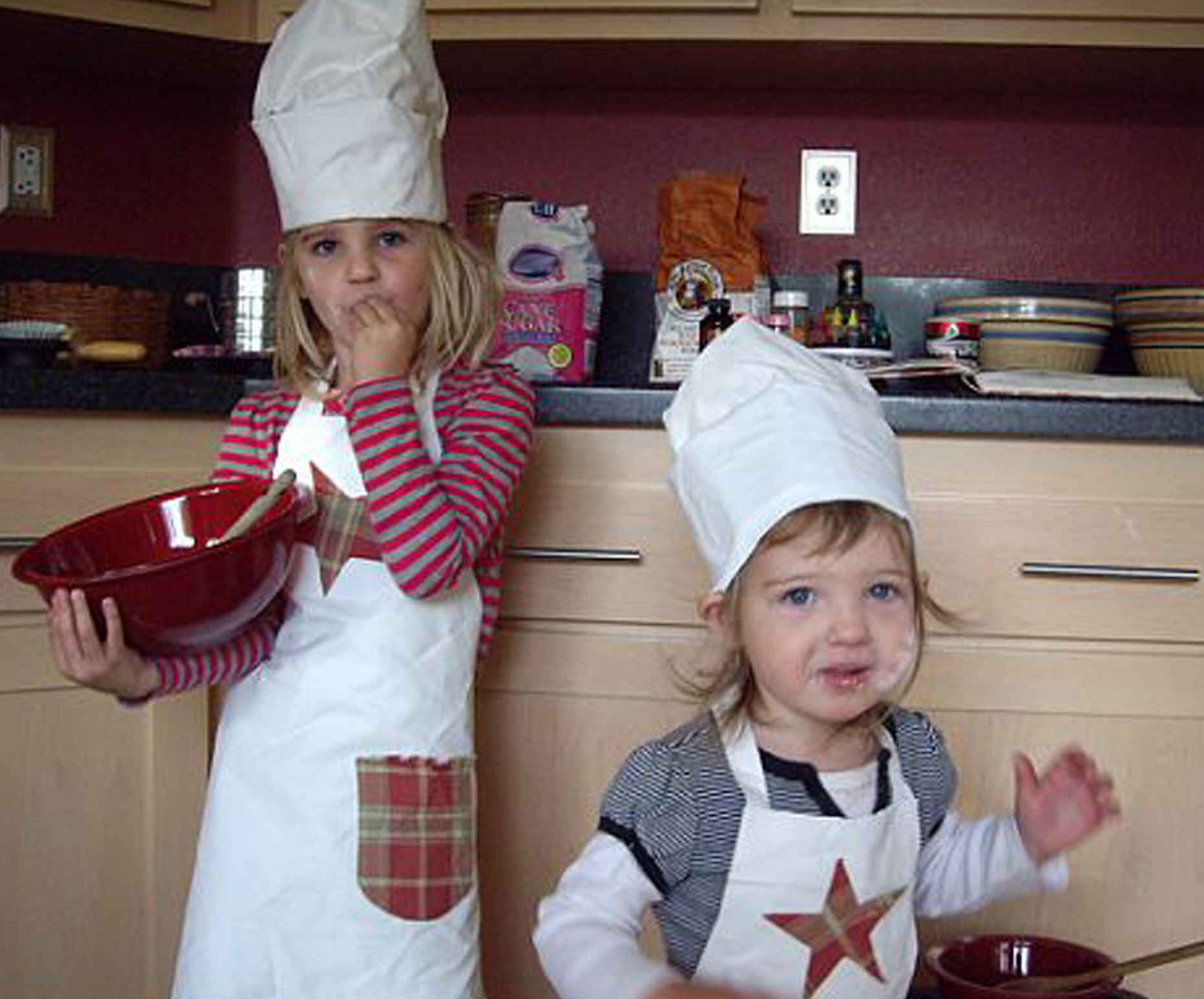 Creative Holiday Cards and Aprons for Kids